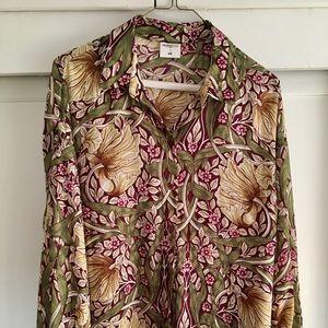 Flowy William Morris print blouse.